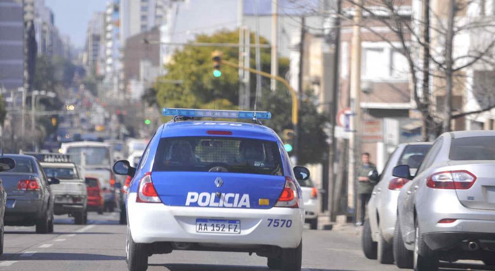Córdoba: un detenido acusado de matar a un hombre de un golpe cuando se bajaba del colectivo