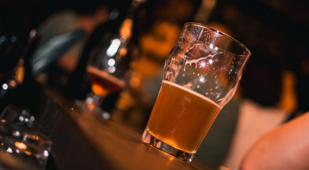 Una empresa italiana inventó una cerveza hecha a partir del aire