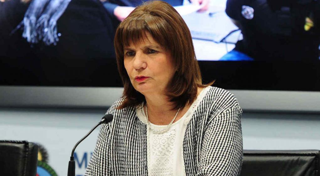 """Patricia Bullrich recordó que """"la portación de armas está regulada, no prohibida"""""""