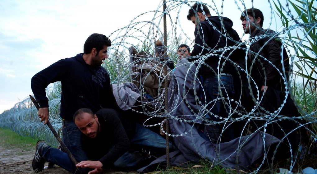 Hungría: cárcel a los que ayuden a los migrantes
