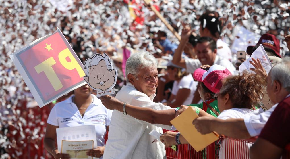López Obrador, favorito en el fin de campaña en México