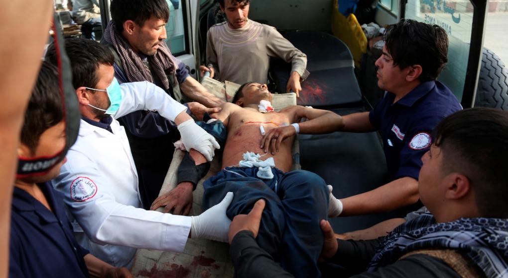 Otra vez, víctimas inocentes: en Kabul mueren 48 estudiantes
