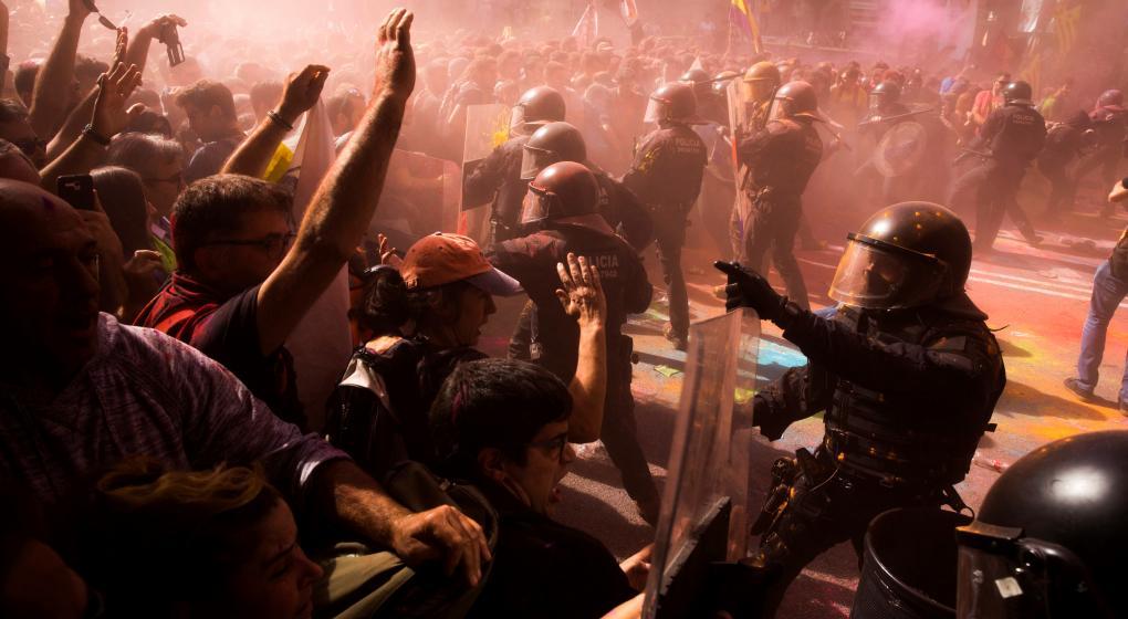Tensión y violencia en Barcelona