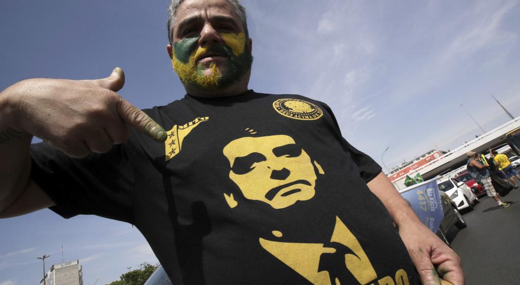 Armas contra bandidos: el miedo impulsa a Bolsonaro