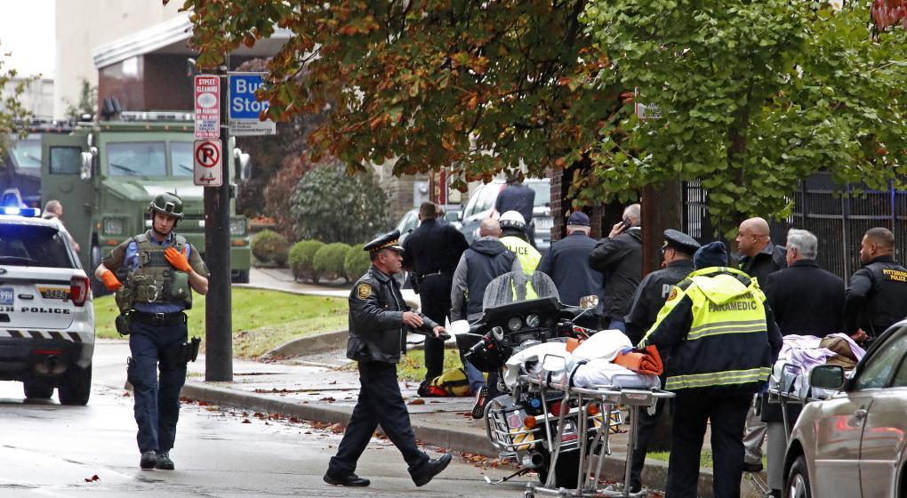 Al menos 11 muertos en ataque a una sinagoga