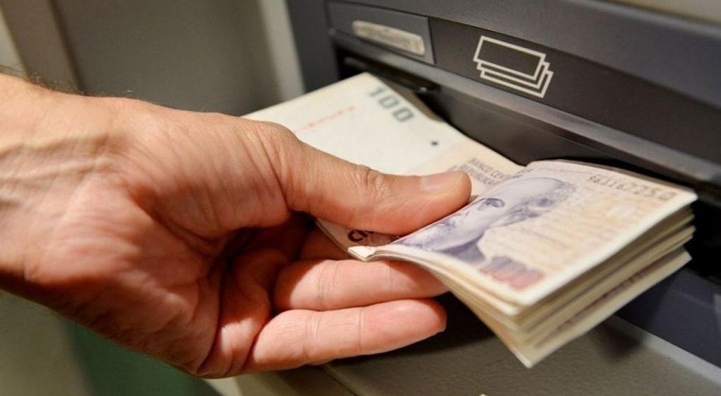Denuncian estafa en Calamuchita: le sacaban plata de su cuenta bancaria