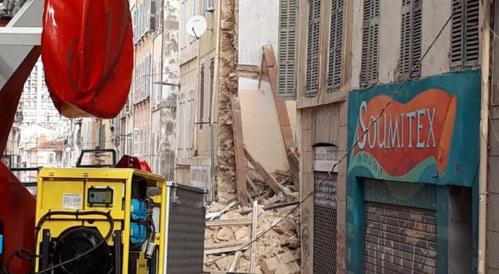Se derrumba edificio en el centro de Marsella