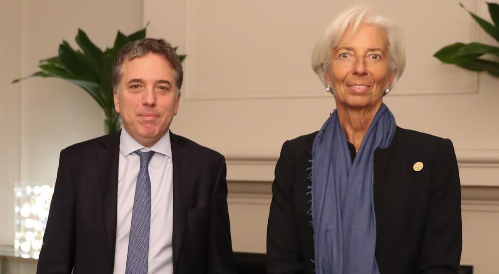 En Olivos, Lagarde se reúne con Dujovne y cena con Macri