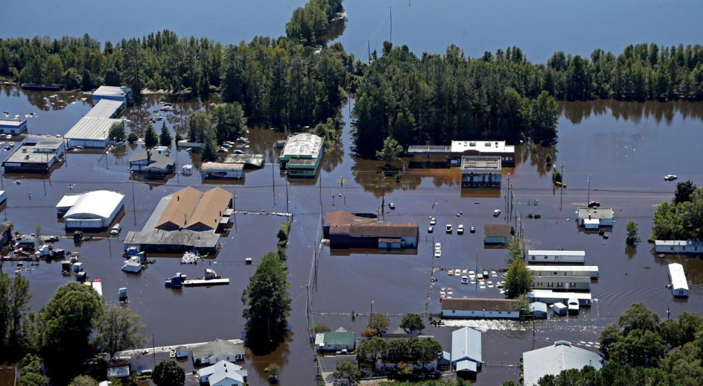 """Estados Unidos: Florence sigue azotando con """"catastróficas"""" inundaciones"""