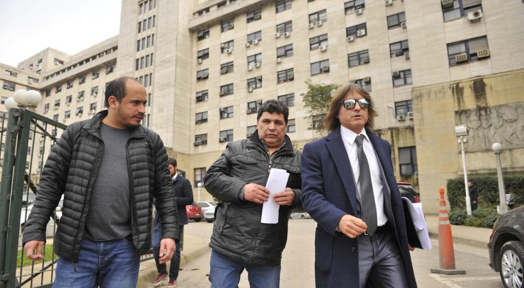 Escracharon a Rudy Ulloa, exchofer de Néstor Kirchner