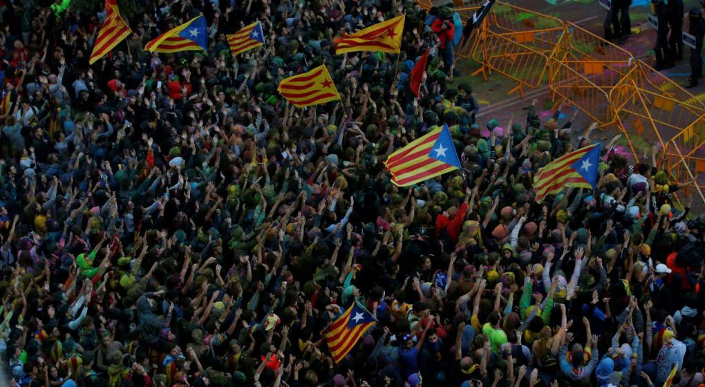 Multitudinaria manifestación en el primer aniversario del referéndum catalán