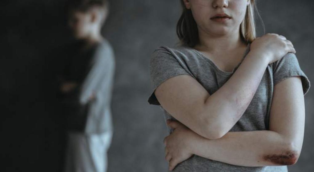 Seis meses de prisión para una chica de 15 años que abortó tras ser violada por su hermano
