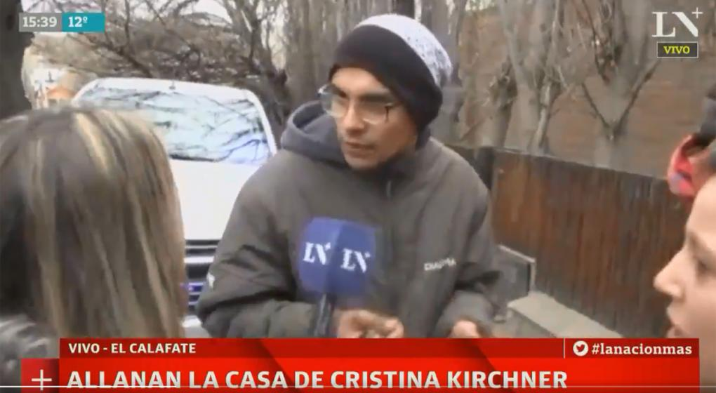 Agresiones a periodistas en medio del allanamiento a Cristina en El Calafate
