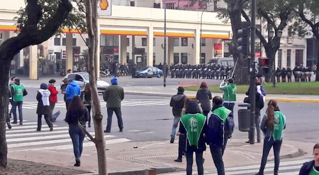Diputados K apuntan a Macri por los despidos en Agroindustria
