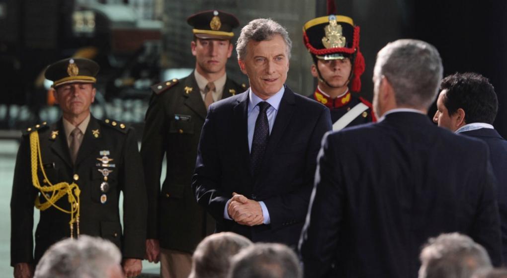 Macri homenajeó a Alfonsín a 35 años de su triunfo como presidente