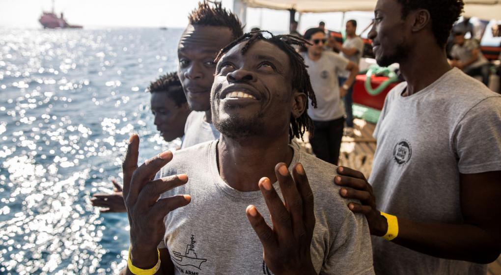 Denuncian que los políticos alimentan el rechazo a inmigrantes en Europa
