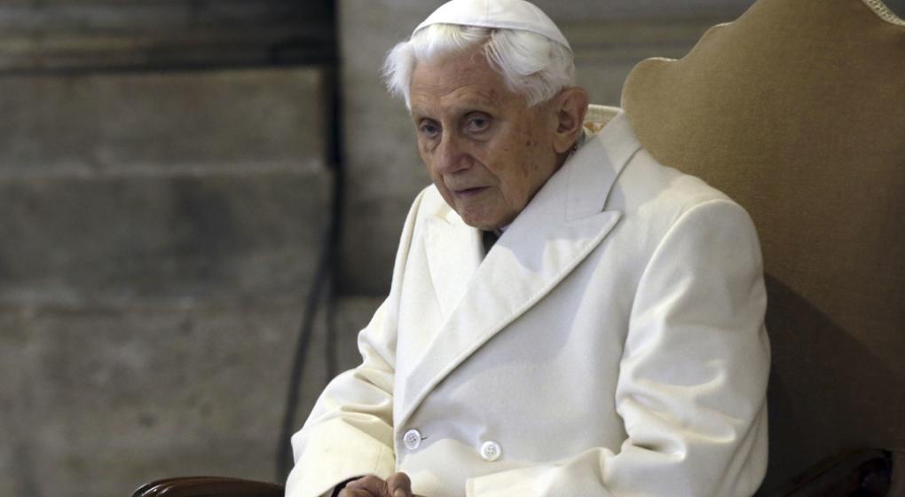 Benedicto XVI lamentó en una carta la situación de la Iglesia