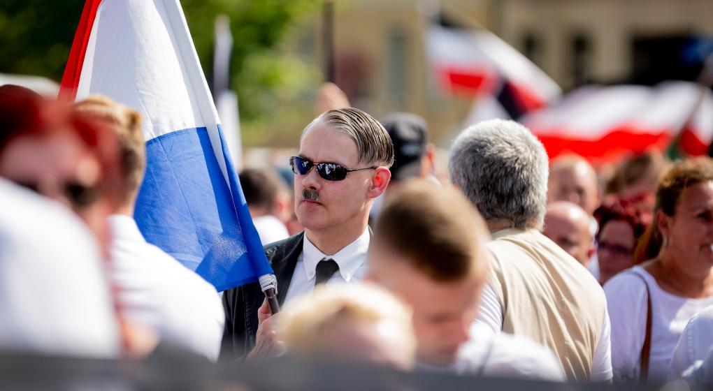 Berlín: disturbios a raíz de una marcha neonazi en honor a un asesor de Hitler