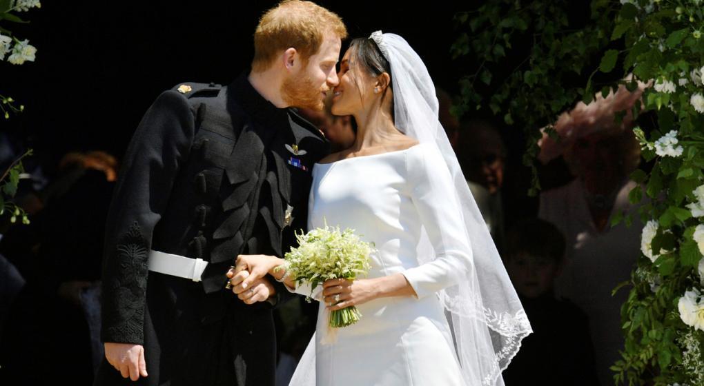 El príncipe Enrique de Inglaterra y la actriz Meghan Markle esperan su primer hijo