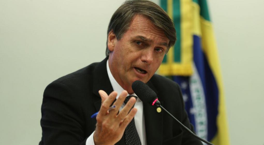 Bombazo en Brasil: Bolsonaro reconoce privatización parcial de Petrobras