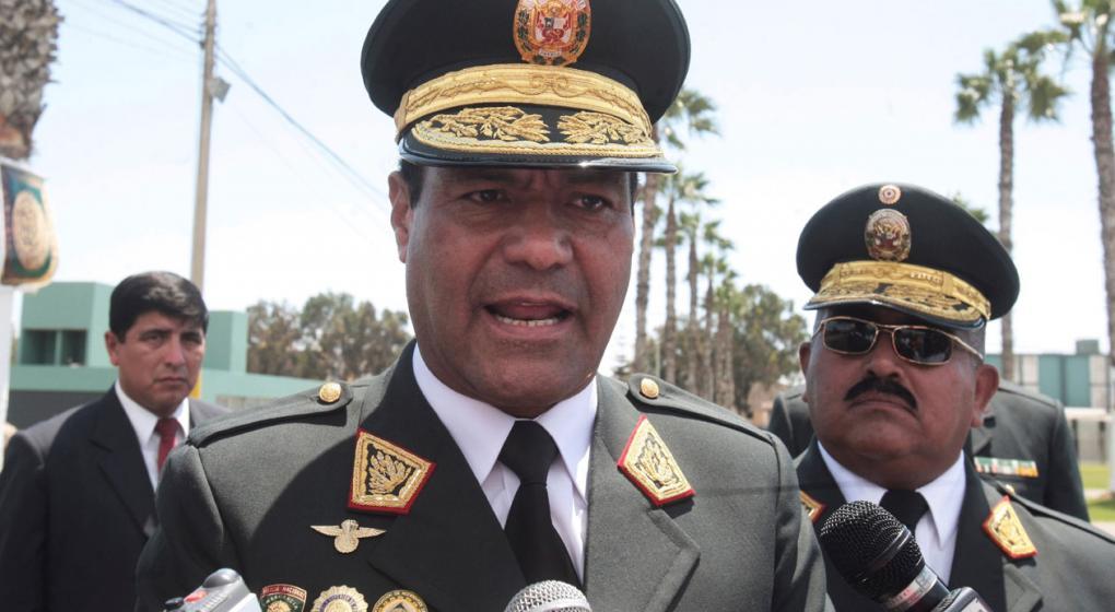 Capturaron al exjefe de la Policía peruana por presunto tráfico de chicos
