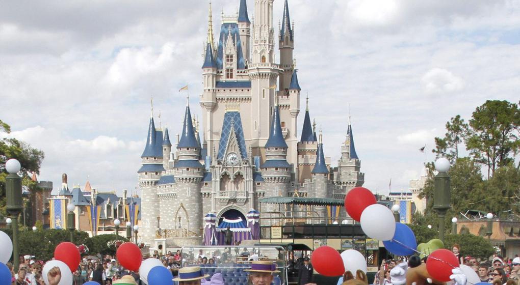 Disney ofreció pagarle los estudios a sus empleados