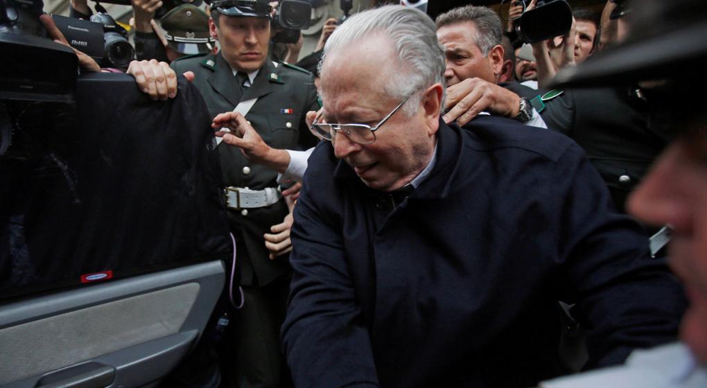 El papa expulsa del sacerdocio al cura chileno condenado por abusos sexuales