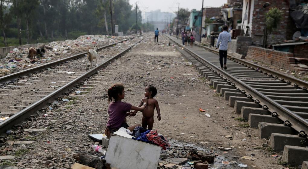 Casi la mitad de la población mundial vive hoy con menos de 5,5 dólares diarios