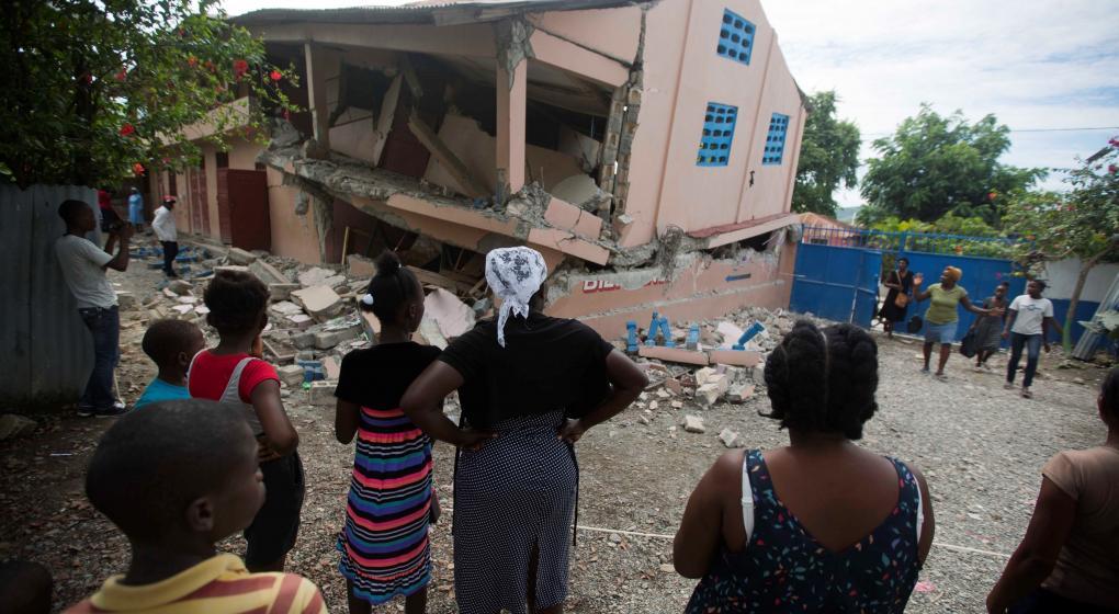 Sismo sacude Haití y deja al menos 12 muertos