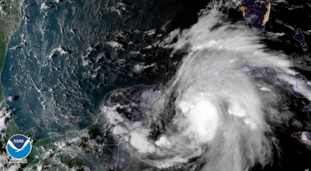 EE.UU.: La tormenta Michael se convierte en huracán y amenaza a Florida