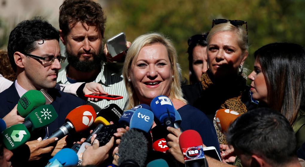 Robo de bebés en el franquismo: primera sentencia absuelve a médico