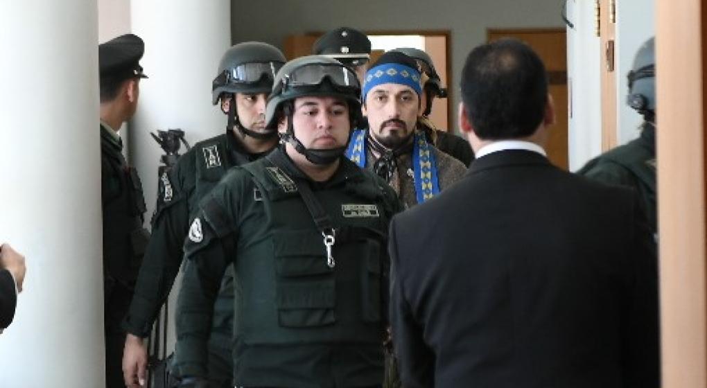 Jones Huala denunció que en la cárcel de Chile tiene frío y que lo obligan a salir al patio