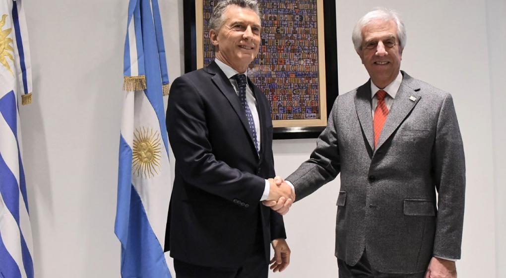 Por la violencia en el Congreso, el presidente de Uruguay suspendió su viaje a la Argentina
