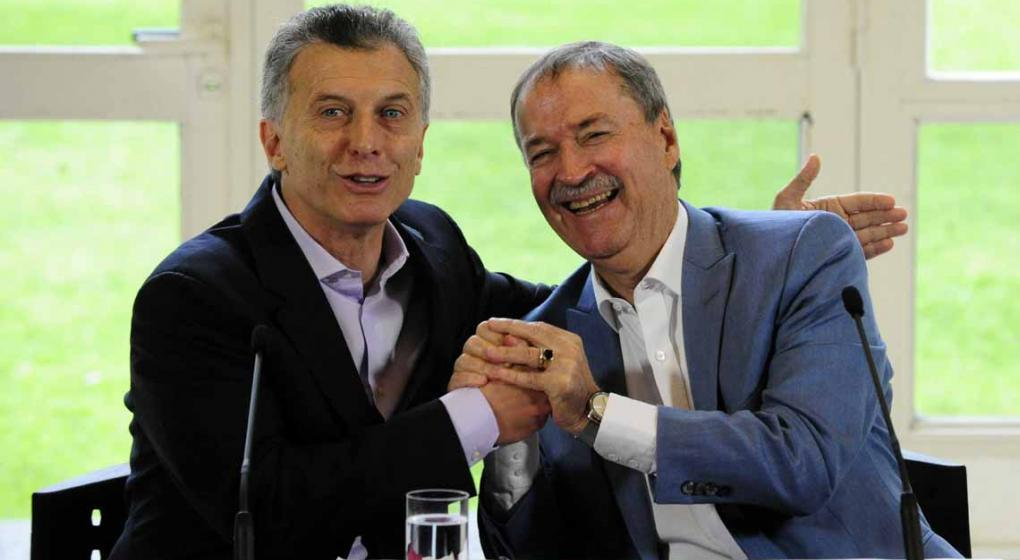 Macri convocó a los gobernadores para el martes