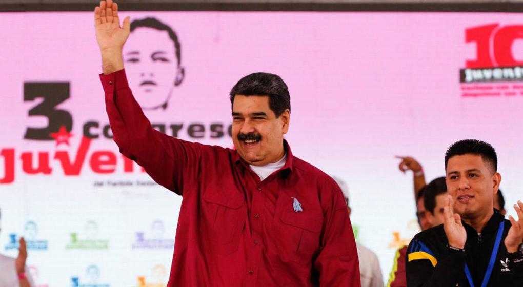 """Según Maduro, los venezolanos que emigran a otro país se van """"llenos de dólares"""""""