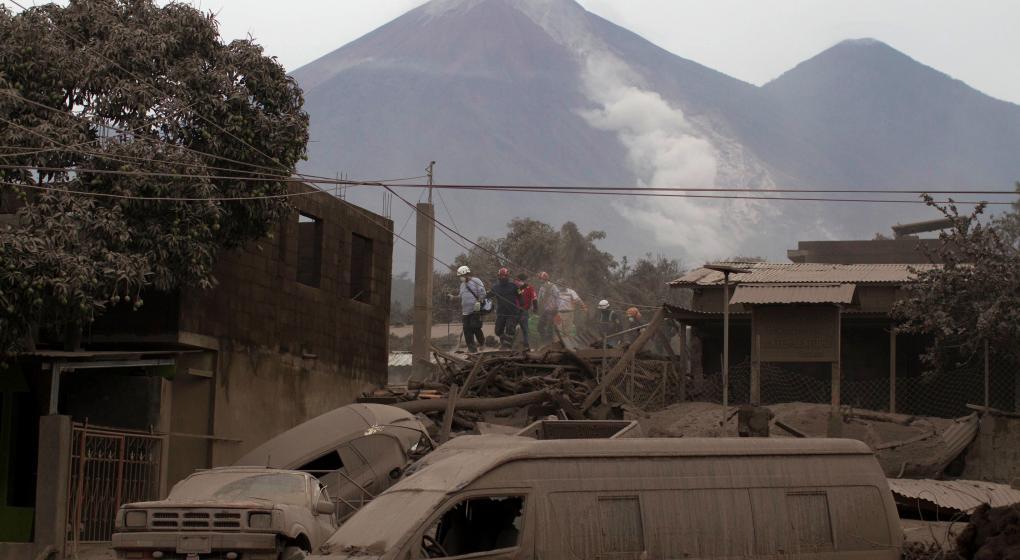 Terror en Guatemala por una nueva explosión del Volcán de Fuego