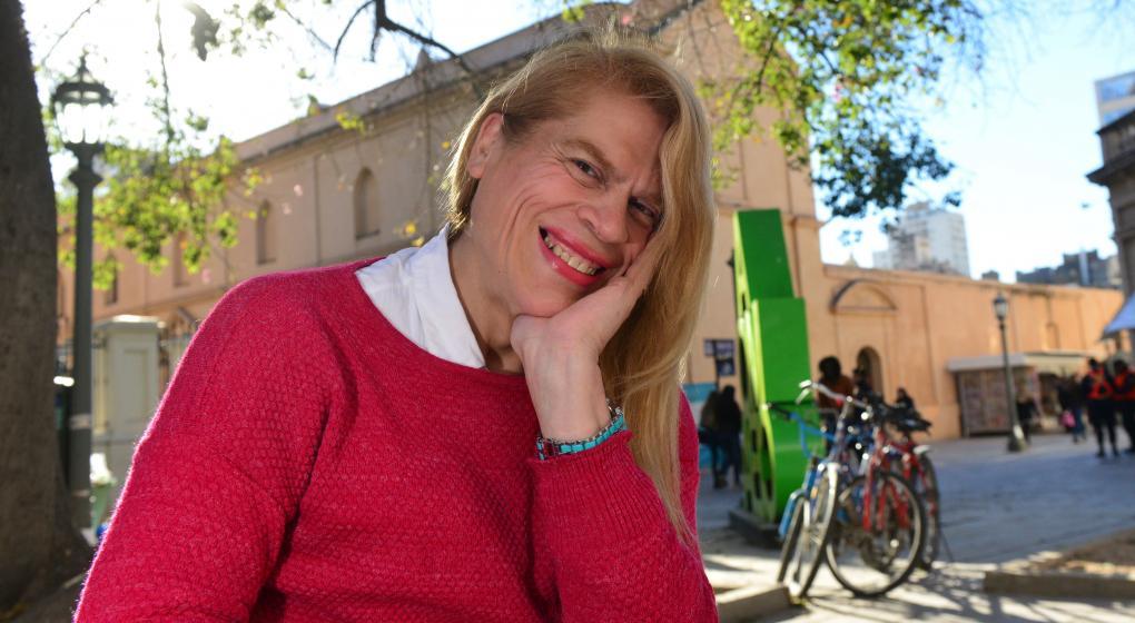 Milena, la profesora trans que da clases en cuatro escuelas