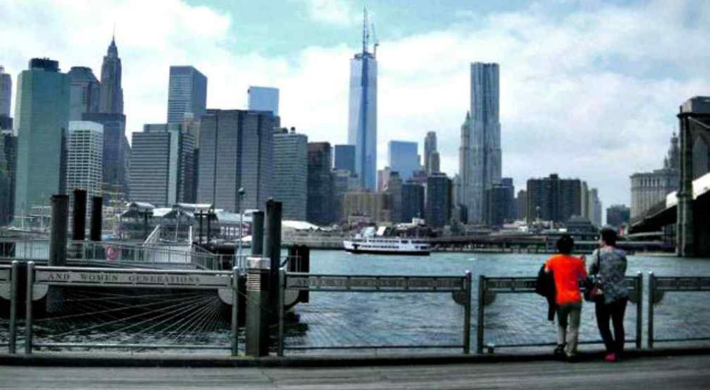 Hallan un bebé muerto flotando en río de Nueva York