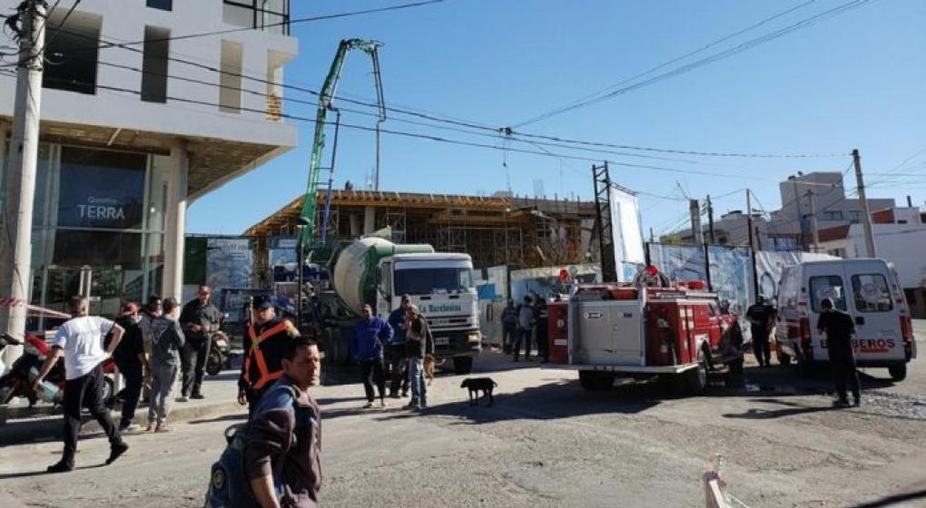Carlos Paz: ocho heridos tras un derrumbe en una obra en construcción