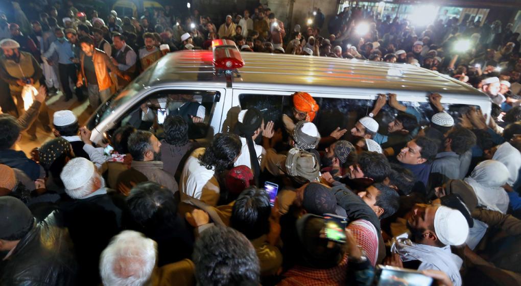 "Pakistán: asesinaron a puñaladas al ""Padre del Talibán"""
