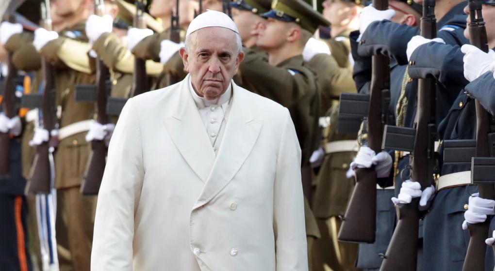 El Papa echó de la Iglesia a dos obispos chilenos acusados por abusos sexuales