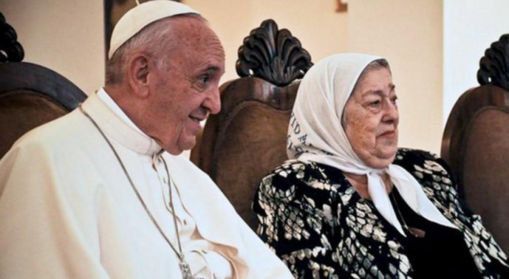 Papa Francisco: A una madre de Plaza de Mayo le permito todo