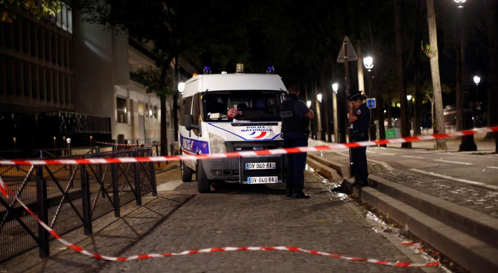 Atacante hiere con un cuchillo a 7 personas en París