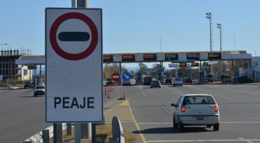 Desde este martes, los peajes de los accesos a Córdoba costarán $ 5 más