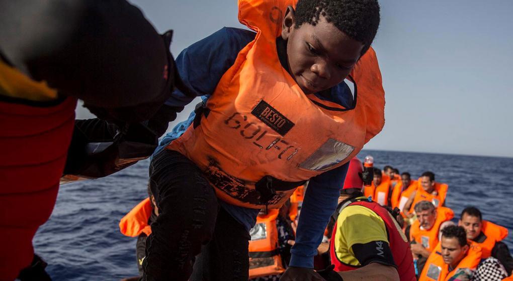 Rescataron a más de 400 inmigrantes en el mar frente a las costas españolas