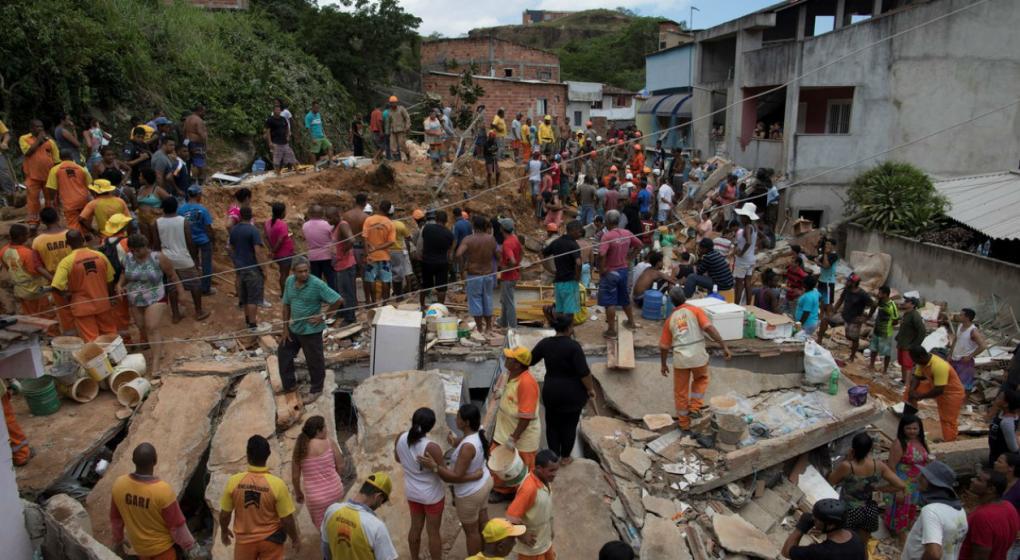Ya son 14 los muertos por el deslizamiento de tierra en Río de Janeiro
