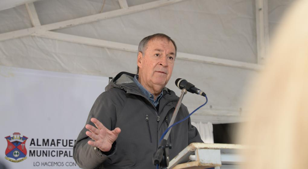 Juan Schiaretti encabezará una reunión institucional en Francia