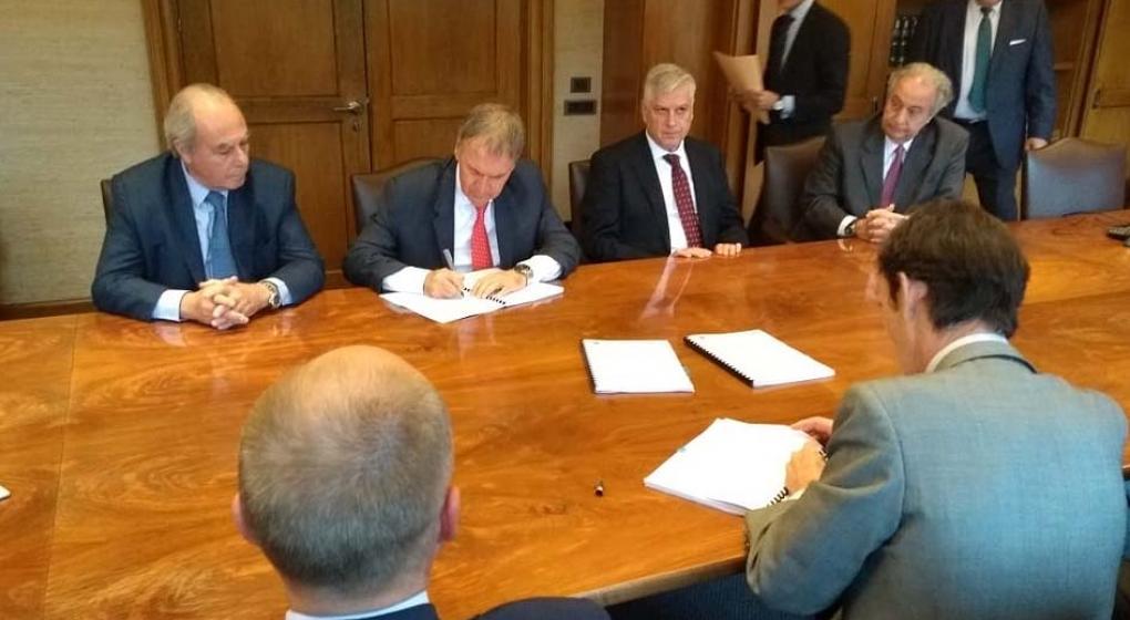 Schiaretti en España: acuerdo de intención por 100 millones de euros para obras