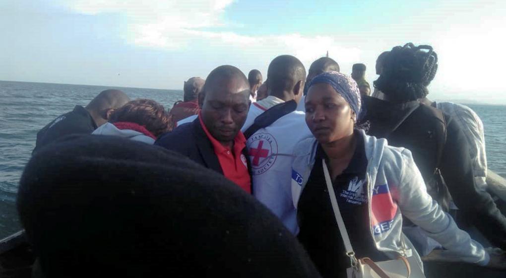 Más de 100 muertos en el naufragio de un barco en Tanzania