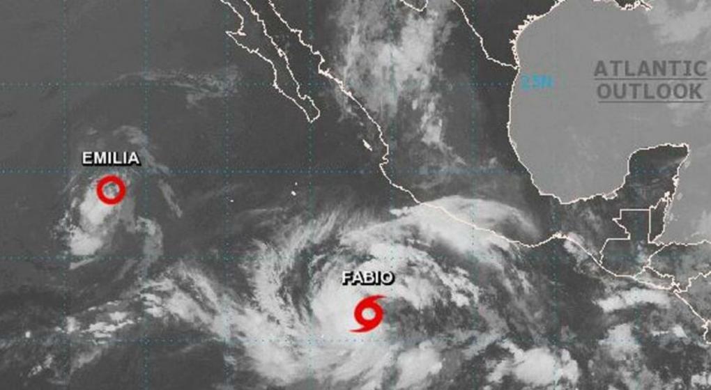 La tormenta Fabio se convierte en huracán frente a las costas del Pacífico mexicano